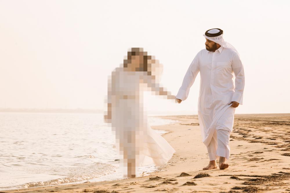 Qatar engagement shoot destination wedding