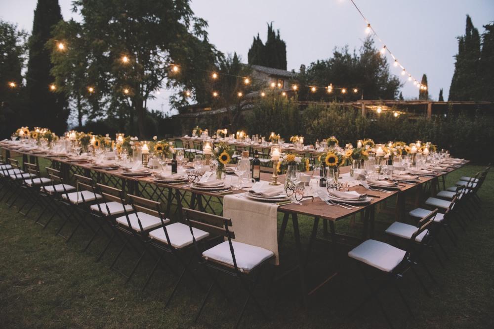 italy wedding,Tuscany destination wedding photographer Borgo lucignanello