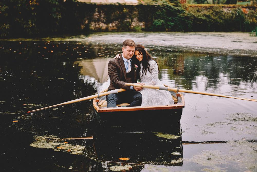 relaxed woodland wedding photography